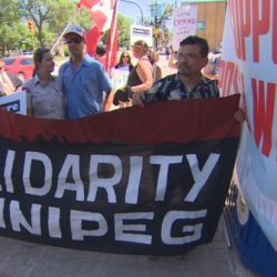 winnipeggers-rally-to-support-postal-workers-5